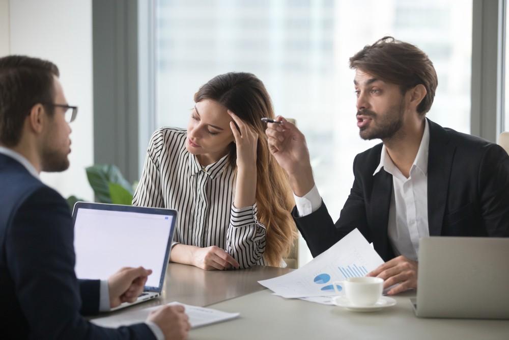 odrzucić wniosek o kredyt